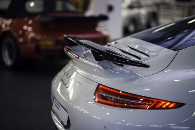 2014-porsche-911-turbo-s-gb-edition-spoiler