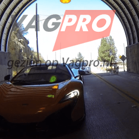 Aventador in een tunnel