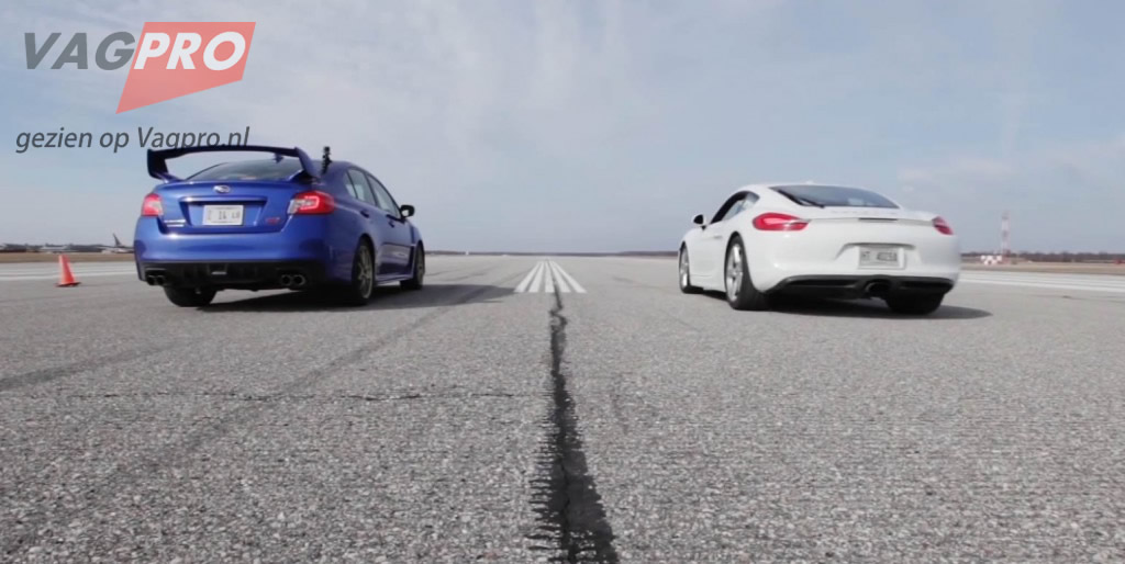 Subaru WRX tegen Porsche Cayman race