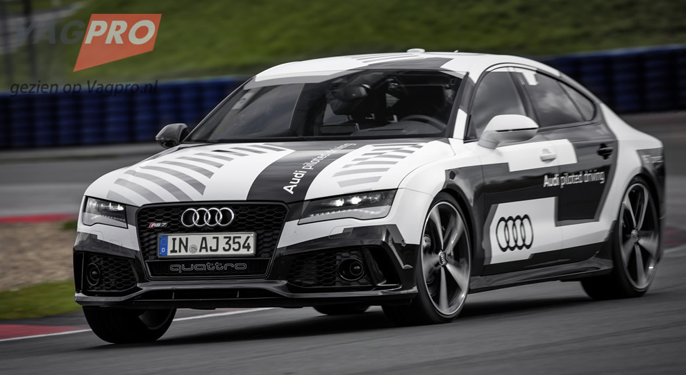 Audi-RS-7-Piloted-Driving-4