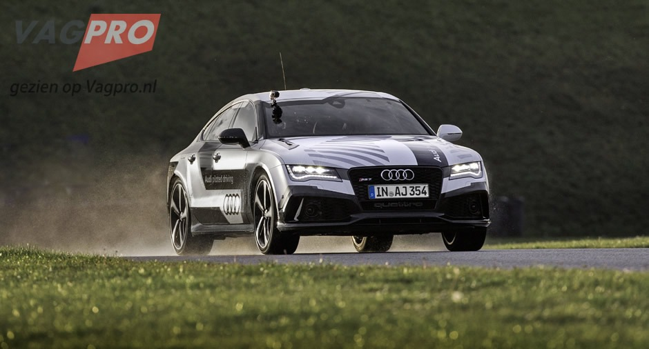 Audi-RS-7-Piloted-Driving-5