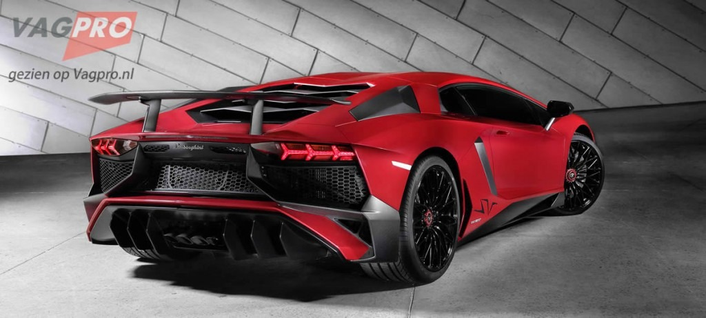 Lamborghini-Superveloce 5